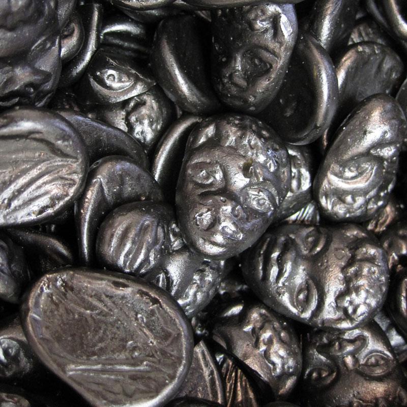 Réglisse de masque noir enfance tête de nègre