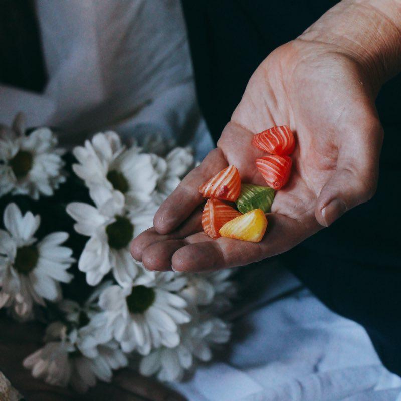 Le berlingot bonbon aux fruits coloré originaire de Carpentras.