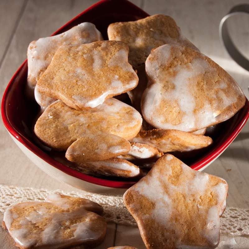 Les biscuits à la cannelle, amande, citron et orange
