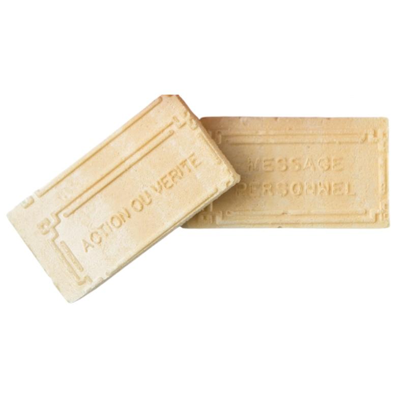 Gaufres à la vanille avec messages amusants
